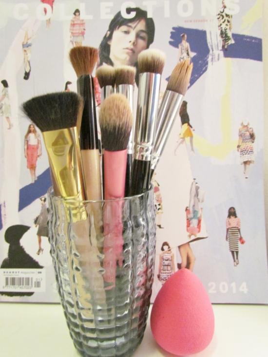 makeup brushes 071