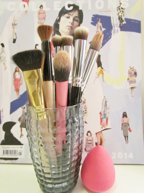 makeup brushes 071