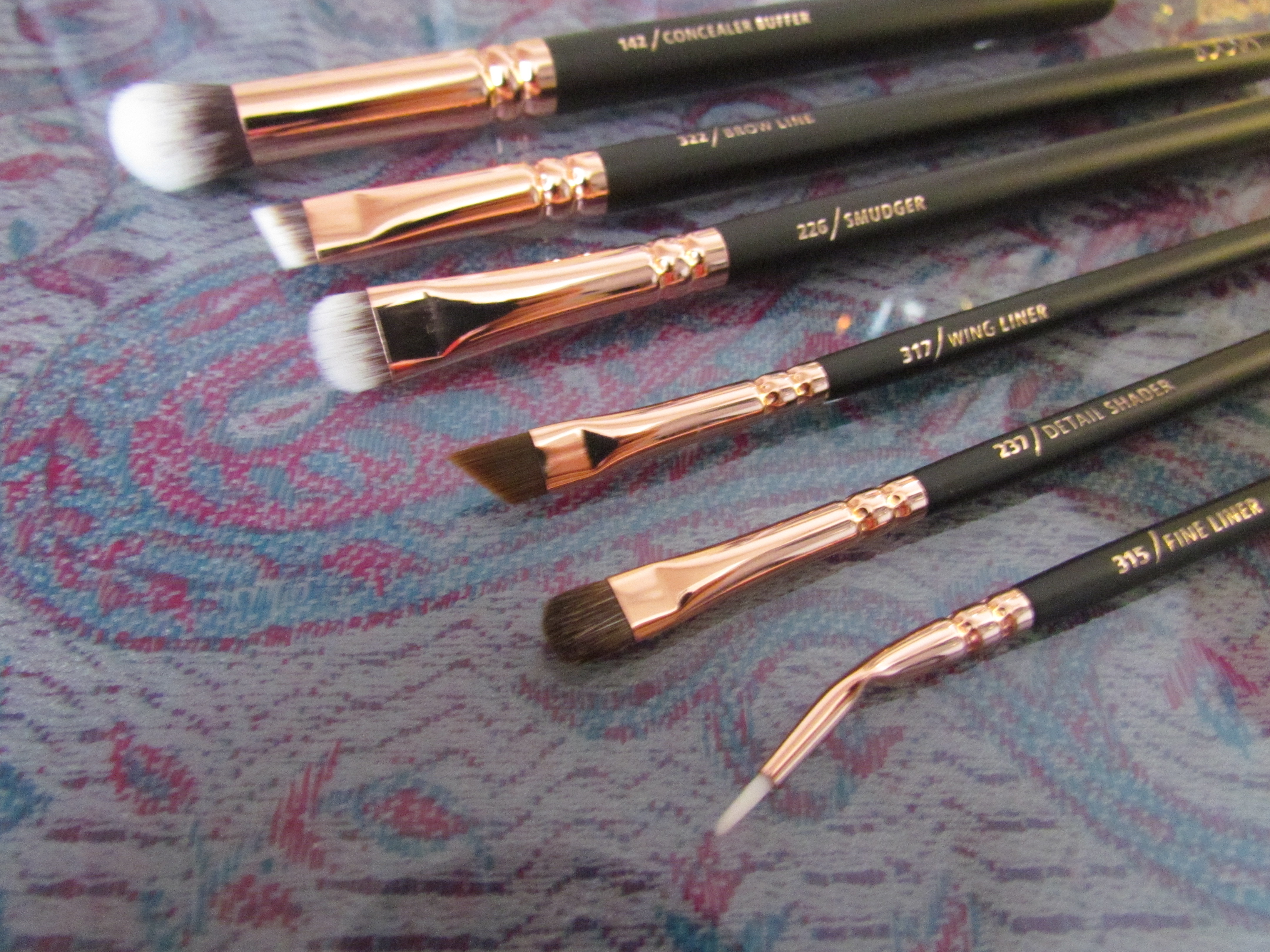 zoeva rose gold eye brush set once upon a glam. Black Bedroom Furniture Sets. Home Design Ideas